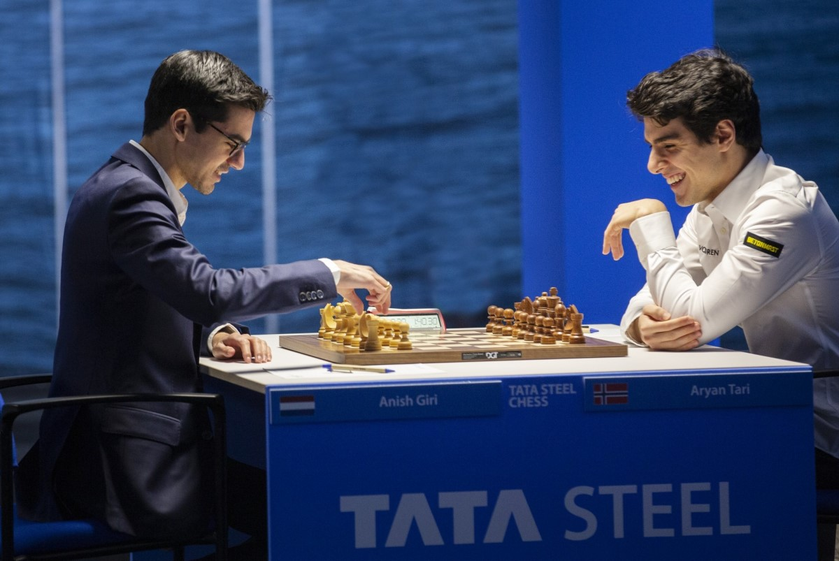 , Tata Steel R1: Carlsen gambles, beats Firouzja, Indian & World Live Breaking News Coverage And Updates