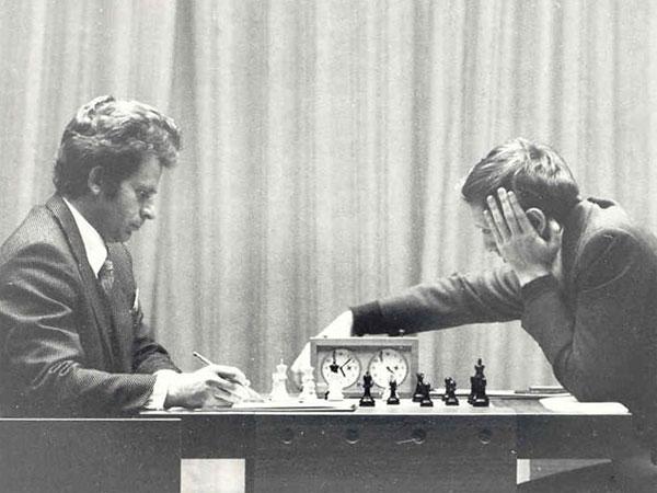 Bobby Fischer In Iceland  45 Years Ago 8  Chessbase-2894