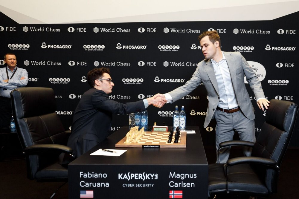 World Championship Game 8: Carlsen in luck   ChessBase